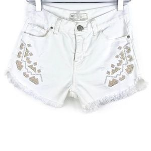 Free People Tulum Embroidered Cut Off Shorts Sz 24